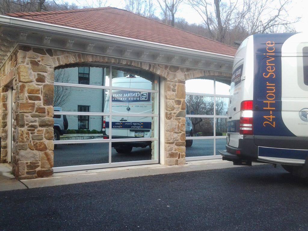 cloplay avante garage door